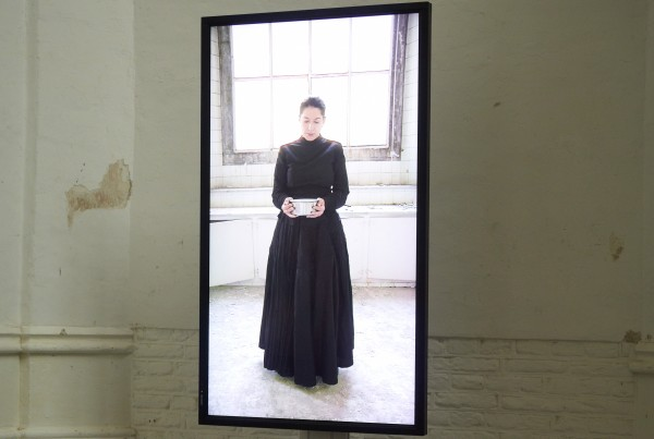 BB4 - Marina Abramovic_Holding the Milk_CHW-0005